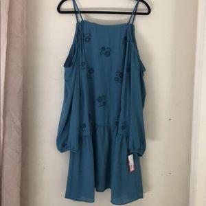 🐳NWT Teal Floral Cold Shoulder Drop Waist Dress